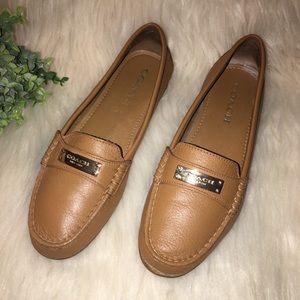 COACH Sz 7 Fredrica Tan Leather Flats